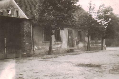 Gasthaus Brüning (Seitenansicht von Bernau bzw. Kurt Gens aus gesehen)